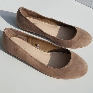 Torrid | Flats size 11 Brown Slip-on Shoes Taupe